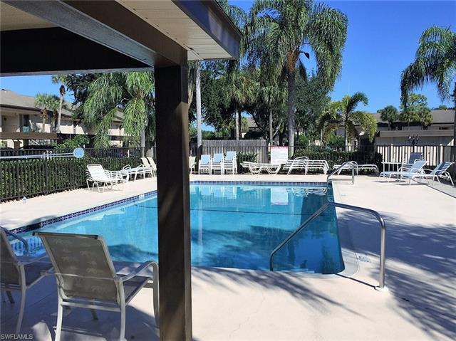 5765 Trailwinds Dr 126, Fort Myers, FL 33907