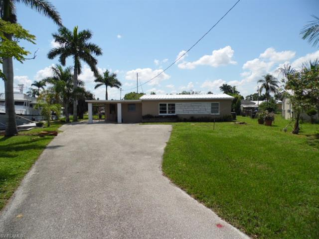 1156 Harbor Dr, North Fort Myers, FL 33917