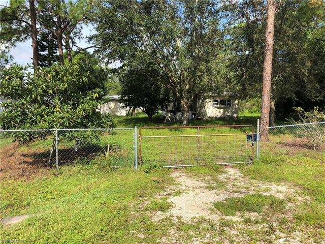 8316 Penny Dr, North Fort Myers, FL 33917