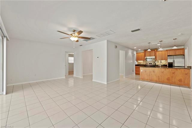 918 Dean Way, Fort Myers, FL 33919