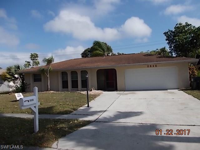 1515 Charmont Pl, Fort Myers, FL 33919