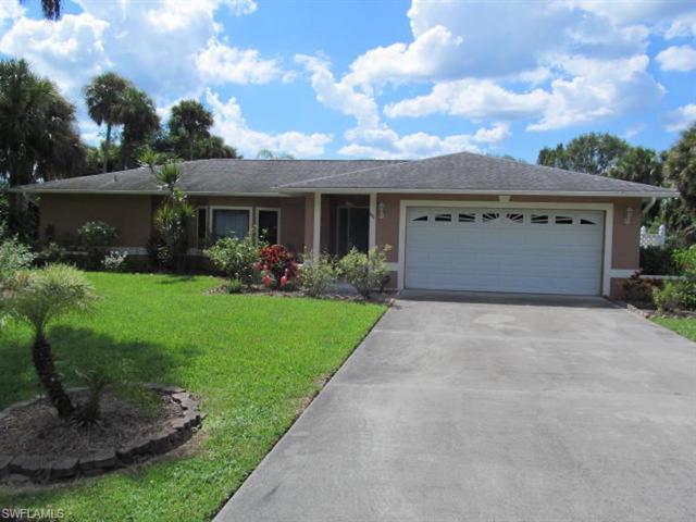 611 Jefferson Ave, Lehigh Acres, FL 33936