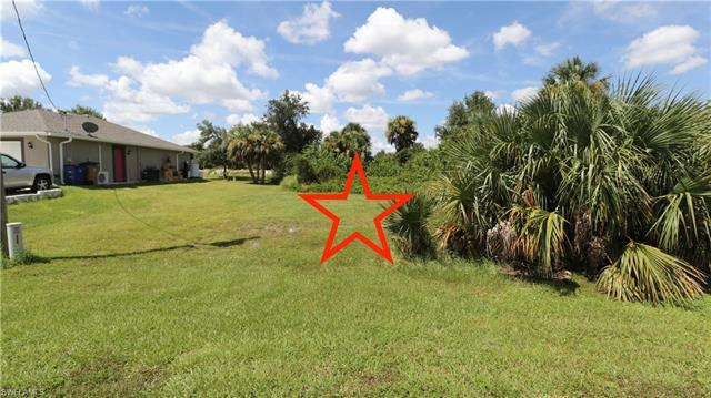 6025 Tabor Ave, Fort Myers, FL 33905