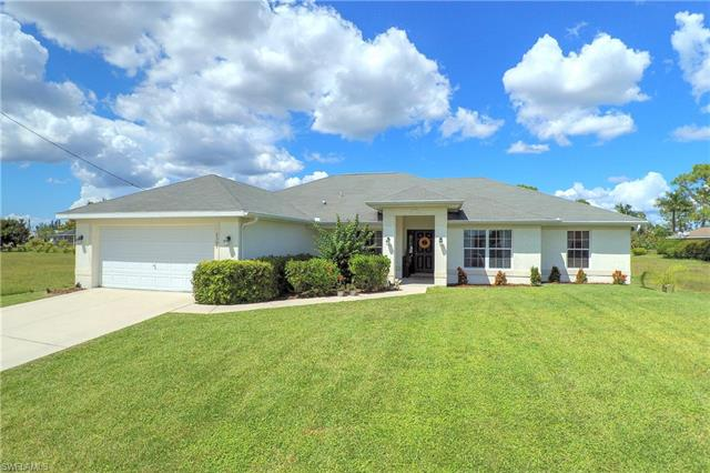 2305 Ne 34th Ln, Cape Coral, FL 33909