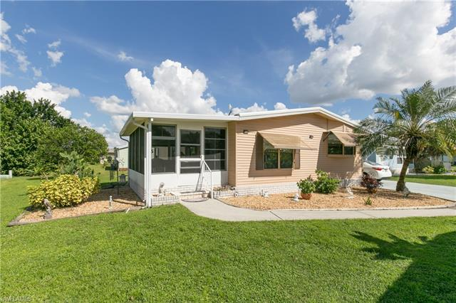9833 Creekwood Ln, Fort Myers, FL 33905