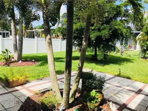 2133 Sw 39th Ter, Cape Coral, FL 33914