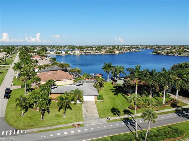 5036 Pelican Blvd, Cape Coral, FL 33914