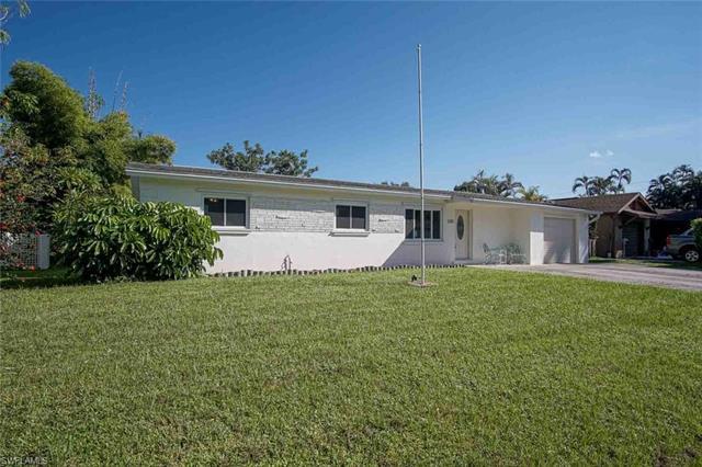 1361 Macombo Rd, Fort Myers, FL 33919