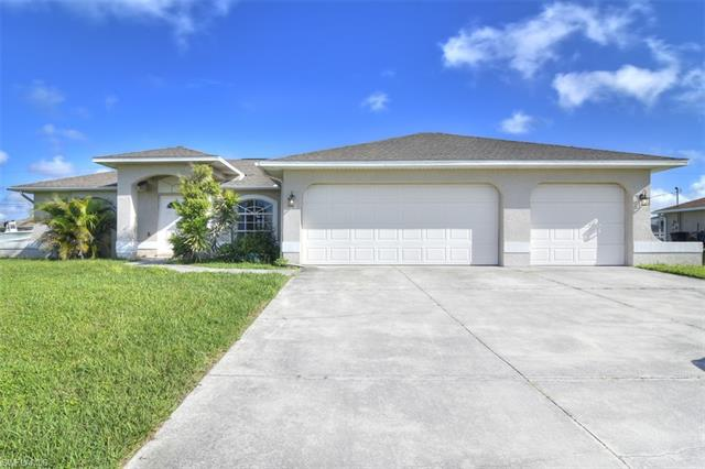 903 Ne 19th St, Cape Coral, FL 33909