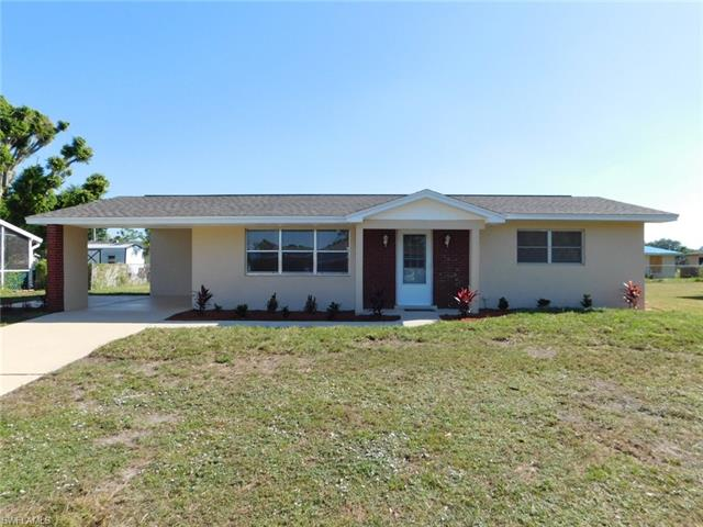 417 Rushmore Ave S, Lehigh Acres, FL 33936