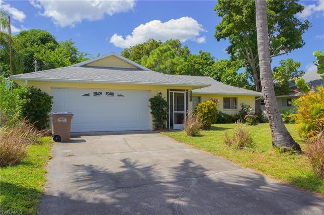 804 Sw 9th Ave, Cape Coral, FL 33991