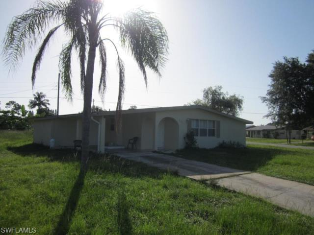 322 Rushmore Ave N, Lehigh Acres, FL 33936