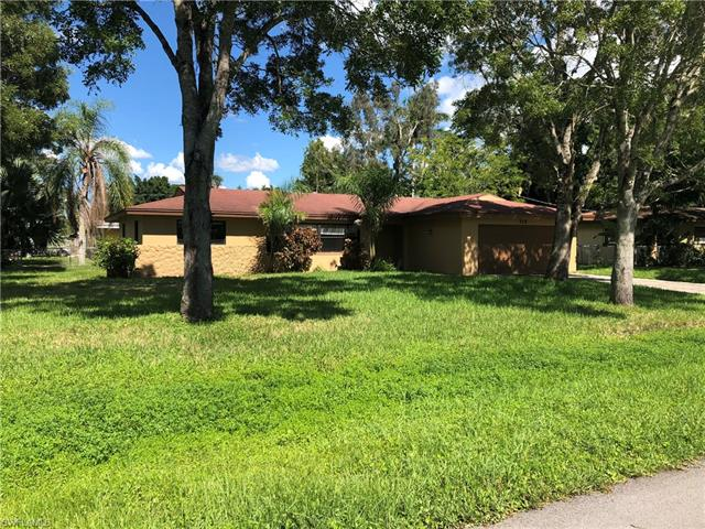 315 Arlington Ave, Fort Myers, FL 33905