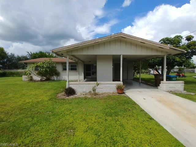 514 Ne 15th Pl, Cape Coral, FL 33909
