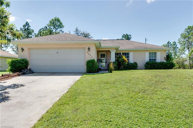 2821 49th St W, Lehigh Acres, FL 33971