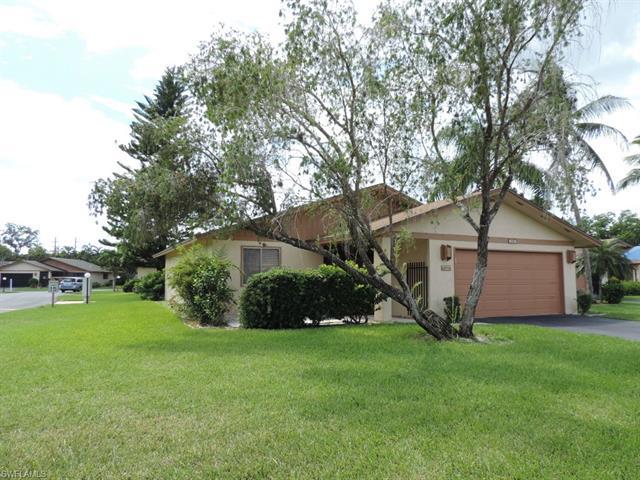 6483 Royal Woods Dr, Fort Myers, FL 33908