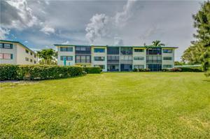 825 Ketch Dr 102, Naples, FL 34103