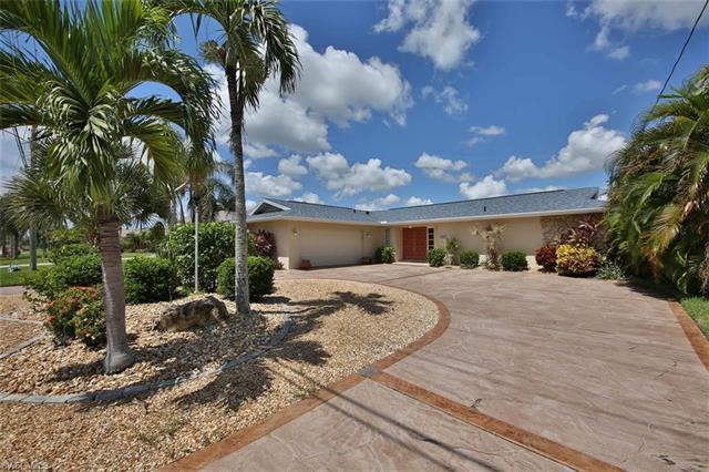 209 El Dorado Pky W, Cape Coral, FL 33914