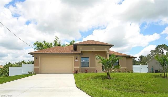 2617 27th St W, Lehigh Acres, FL 33971
