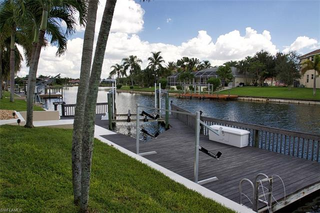 2818 Sw 40th St, Cape Coral, FL 33914