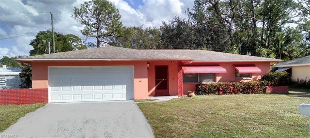 8942 Ellington St, Fort Myers, FL 33907