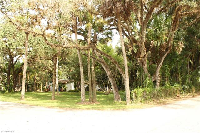 13701 Peace Rd, Fort Myers, FL 33905
