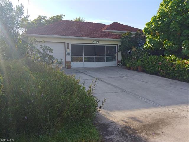 2110 Se 21st Ct, Cape Coral, FL 33990