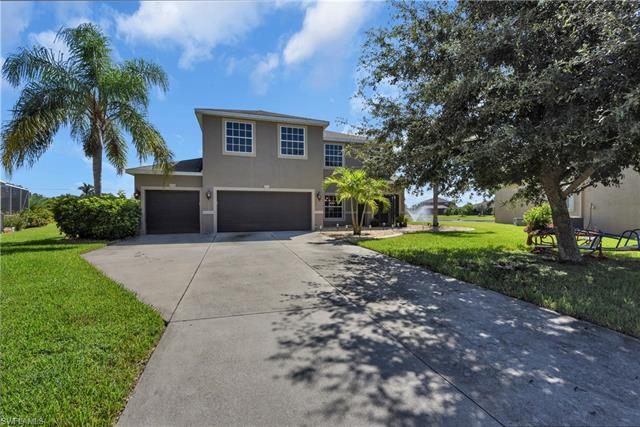 11254 Cypress Tree Cir, Fort Myers, FL 33913