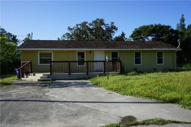 3902 E 9th St, Lehigh Acres, FL 33972