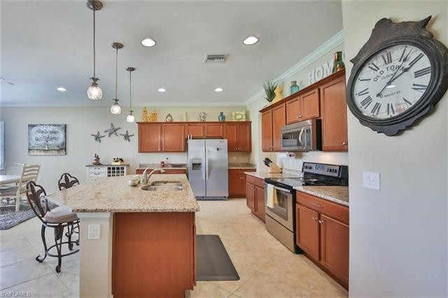10630 Carena Cir, Fort Myers, FL 33913