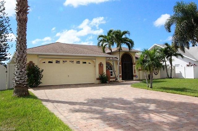 214 Sw 44th Ter, Cape Coral, FL 33914
