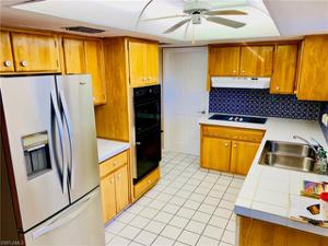 5302 Bayside Ct, Cape Coral, FL 33904