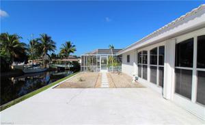 546 Bruce Cir, Fort Myers, FL 33919