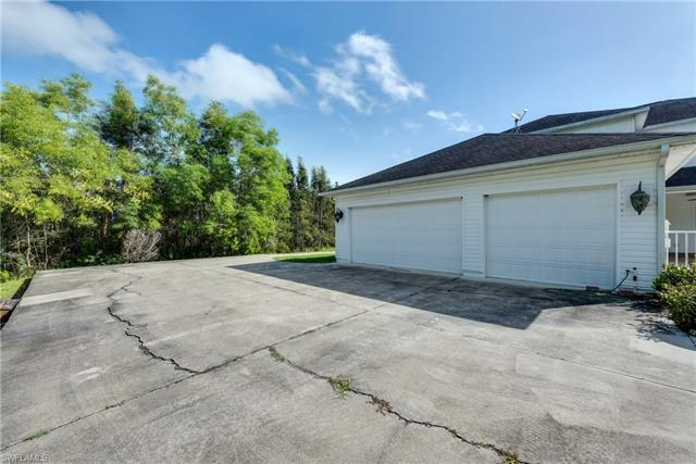 12300 Cannon Ln, Fort Myers, FL 33912