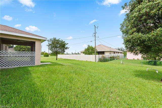 2733 Nw 5th St, Cape Coral, FL 33993