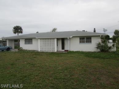 111 Highland Ave, Lehigh Acres, FL 33936