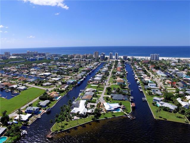 281 Ibis St, Fort Myers Beach, FL 33931