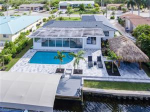 27 Fairview Blvd, Fort Myers Beach, FL 33931
