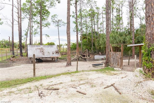 2235 Murray Rd, Labelle, FL 33935