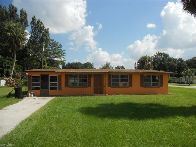 1751 Many Rd, North Fort Myers, FL 33903