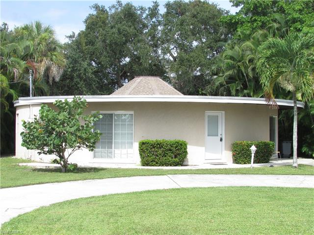301 Donora Blvd, Fort Myers Beach, FL 33931