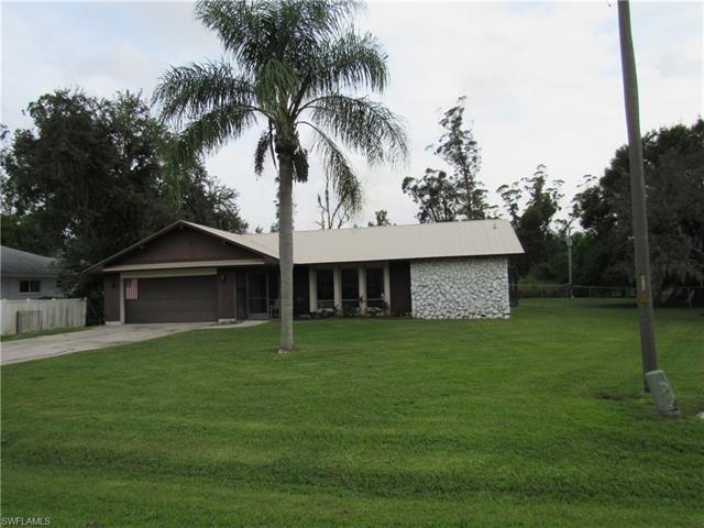 7224 Pelas Cir, North Fort Myers, FL 33917