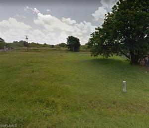 1025 Windsor Dr, Fort Myers, FL 33905