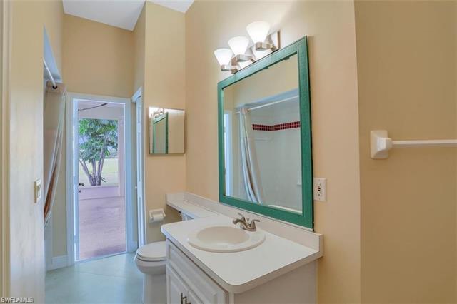 16 Sw 37th Ave, Cape Coral, FL 33991