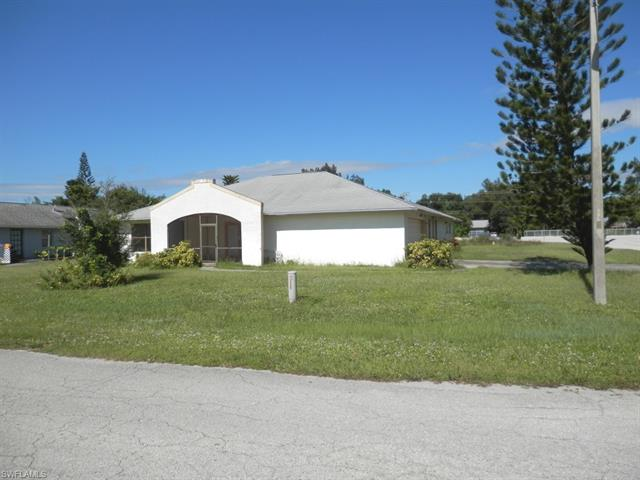 16307 Horizon Rd, North Fort Myers, FL 33917