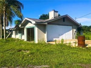 18901 Nalle Rd E, North Fort Myers, FL 33917