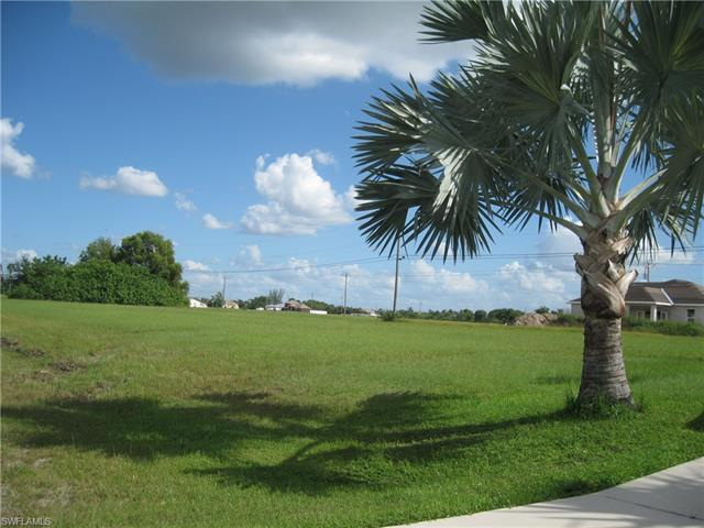 304 Ne 16th Ter, Cape Coral, FL 33909