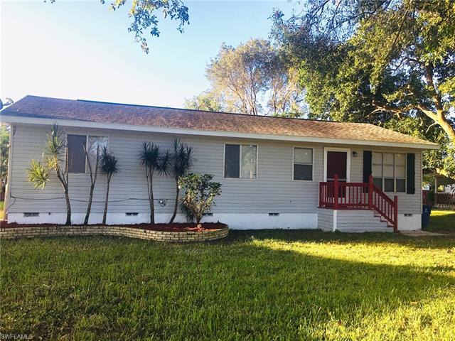 6624 Garland St, Fort Myers, FL 33966