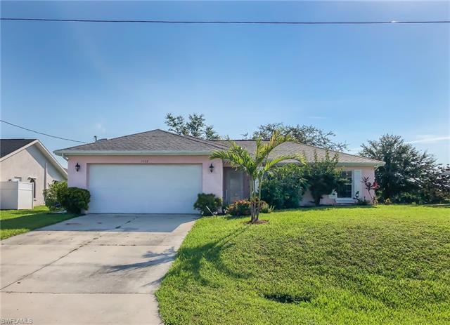1008 Cavanagh Ave, Lehigh Acres, FL 33971