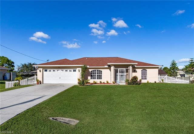 641 Dauphine Ave S, Lehigh Acres, FL 33974